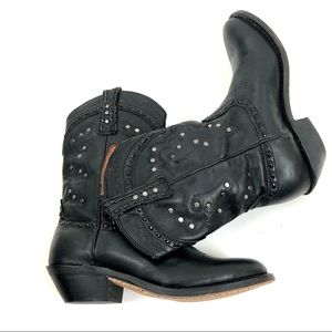 WINCHESTER Sadie Black Leather Short Western Boots